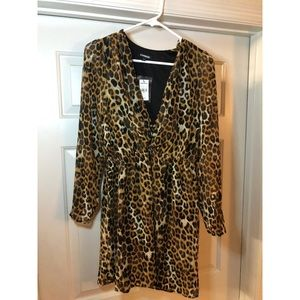 Leopard print dress. Express. Chiffon